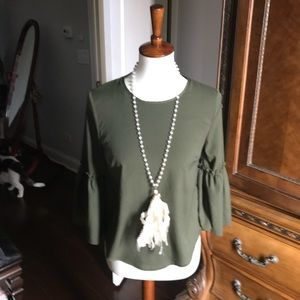 Forever 21 chamo green blouse. Small